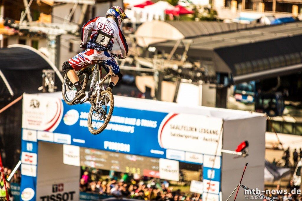 Aaron Gwin Zielsprung