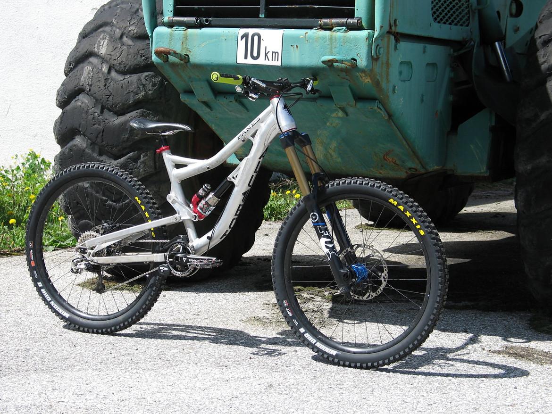 postet mal eure DHFR4X Bikes (full suspension!) [Archiv