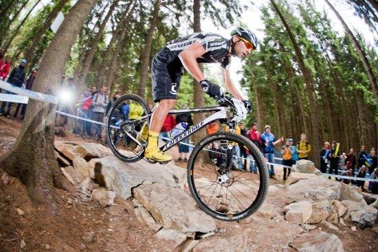 21 - Platz 1 in der Style-Wertung- Manuel Fumic In Baggy-Shorts Nove Mesto 2012