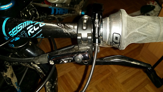Trek Farley 6-Shimano XT Brake&Giant Contact Lever Post (2)